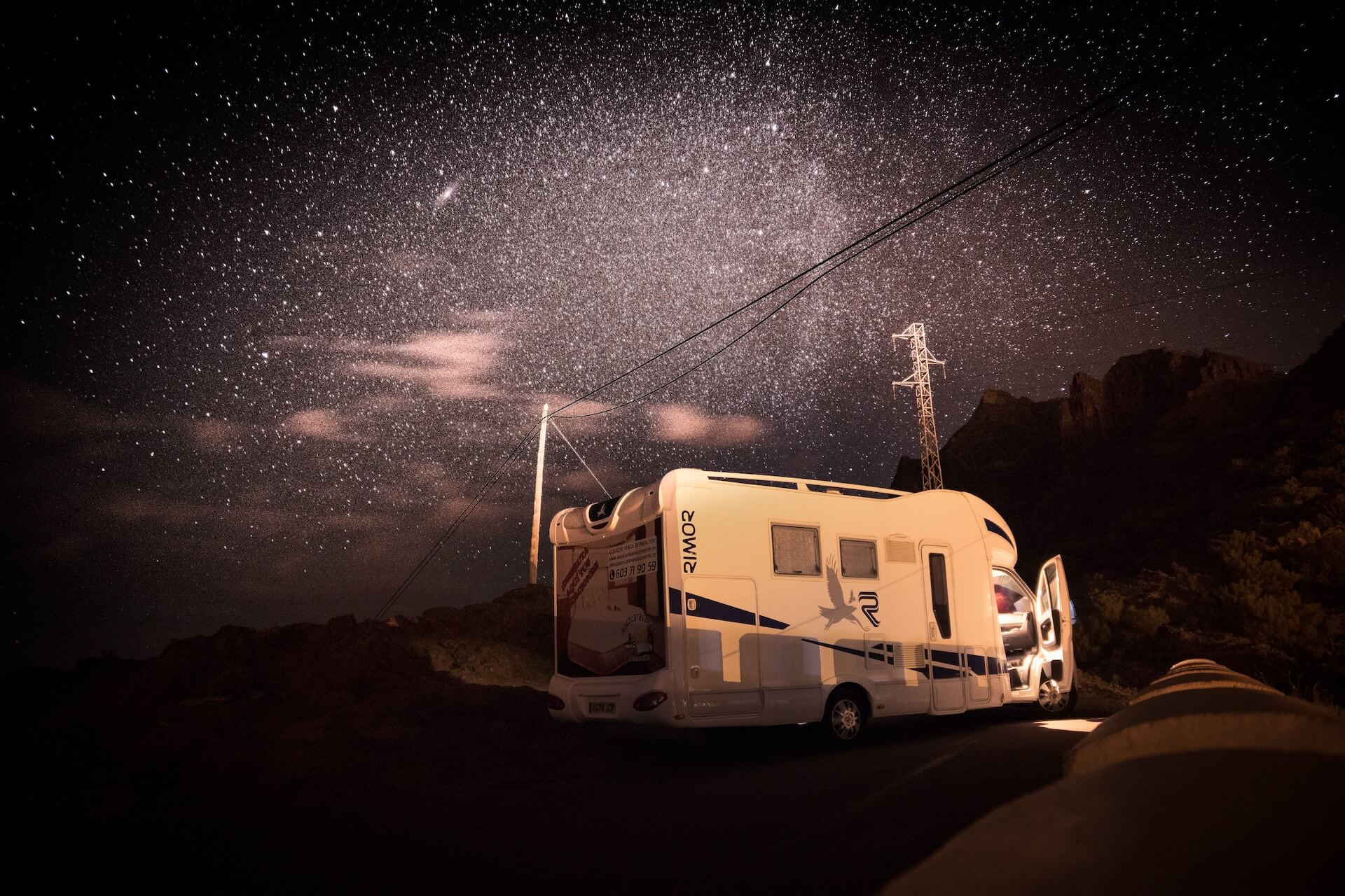 What Is the Best Way to Get RV Mobile Internet on My Phone?
